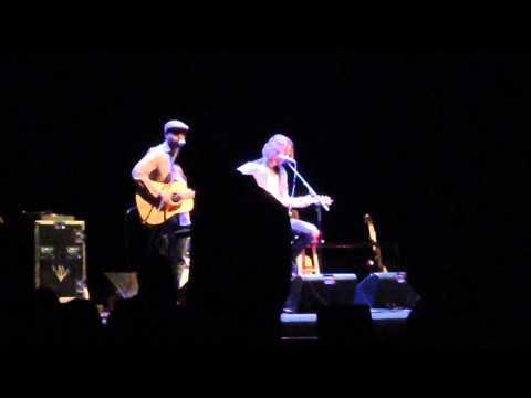Chris Cornell w/ Bhi Bhiman - Hunger Strike (Live)