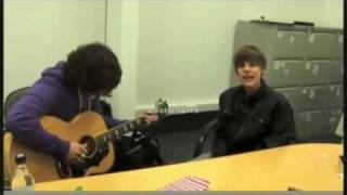Justin Bieber singing Sweet Child O Mine (step brothers) and Boyz 2 Men