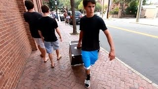 Move In Day 2012 -- College of Charleston