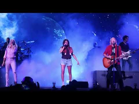 "Little Big Town Sings ""Rocket Man"" LIVE At Darien Lakes Amphitheater 8/16/18"