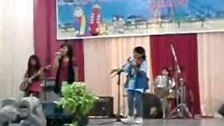 "SD Asisi - Penampilan ""Band SOS"""