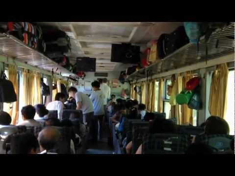 Train trip from Hue to Da Nang.wmv