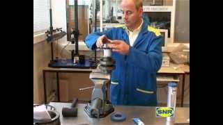 Como montar e desmontar rolamentos, manuseio e manutenção de rolamentos a quente e a frio. NTN-SNR