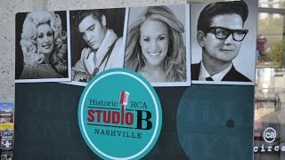 Nashville RCA Studio B Tour and Country Hall of Fame 2014