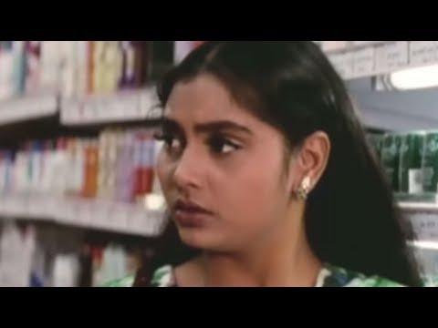 Girl kisses stranger to cool him down - Kalki Tamil Movie | Scene 2 thumbnail