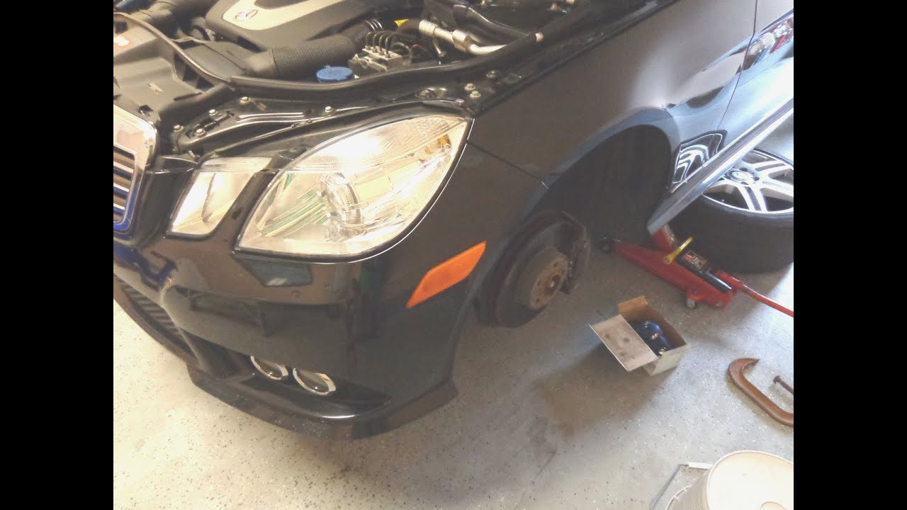 Diy w212 mercedes e350 how to replace install brake pads for Mercedes benz e350 brake pads replacement