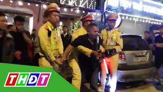 Bị kiểm tra nồng độ cồn, tài xế đánh Cảnh sát giao thông | THDT