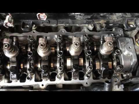 Фото к видео: Опель Зафира Б 2009 года двигатель A17DTJ меняем клапанную крышку Opel Zafira B