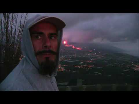 La Palma new earthquake. The volcano is getting stronger. Another city is evacuated. Canary islands