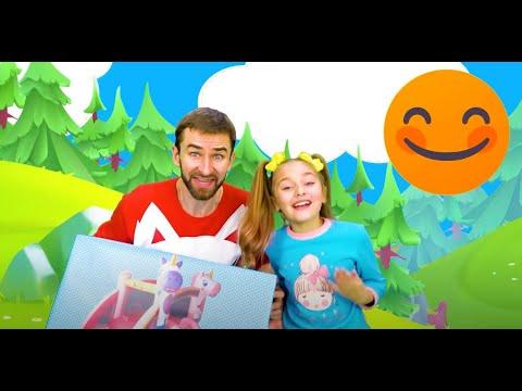 Sasha Play In Dinosaur Park And Children City