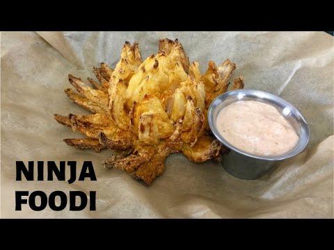 blooming-onion-in-the-ninja-foodi