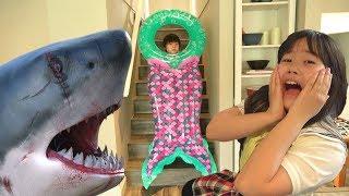金魚→サメ→人魚!??? エサをあげ過ぎてはいけません!! キッズマナー 人魚のヒミツ おゆうぎ こうくんねみちゃん thumbnail