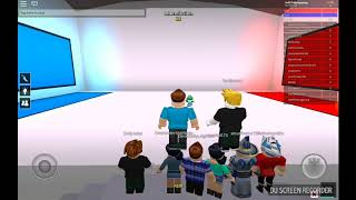 Playing Roblox PICK A SIDE /TO DEATH ☠