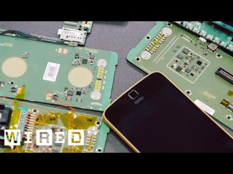 How Motorola Made Modular Smartphones A Reality | WIRED