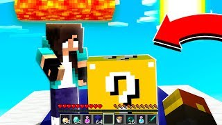 noob Girl tries Minecraft LUCKY Blocks for the first time
