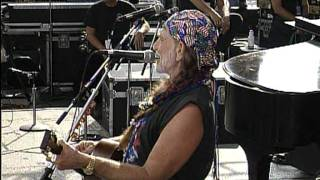 Willie Nelson - Me and Paul (Live at Farm Aid 1995)