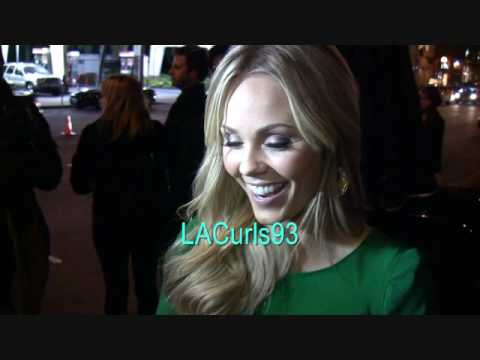 Sexy Blonde Laura VanderVoort causes paparazzi to stutter