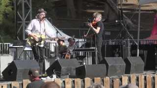 Watch Buddy Miller Does My Ring Burn Your Finger video