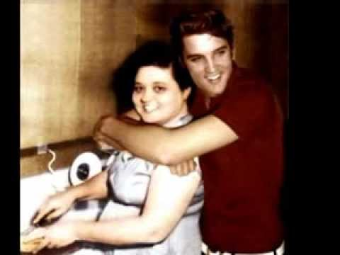 ELVIS' MOTHER GLADYS--KAY WHEELER SHARES RARE 1956 INTERVIEW WITH GLADYS PRESLEY