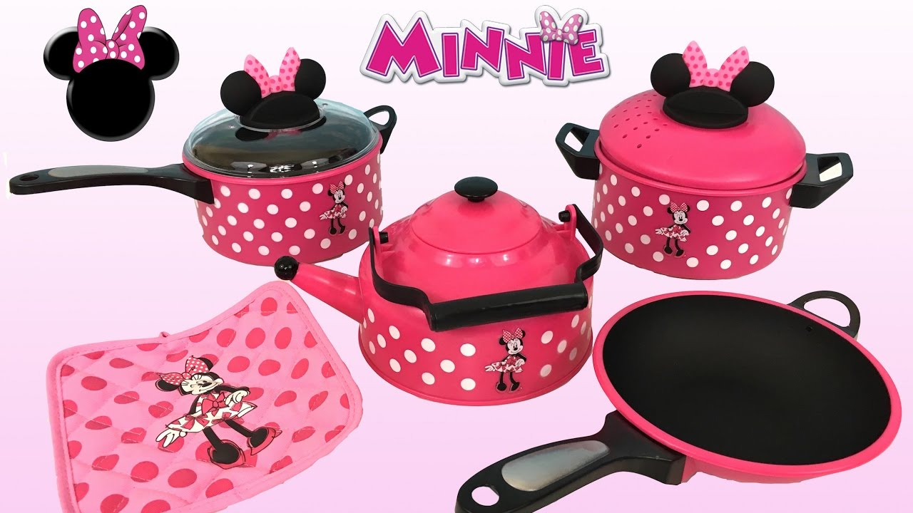 Making Breakfast And Dinner With Minnie Mouse Cooking Set Pretend Play Set Kids Station Youtube