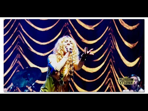 "Haley Reinhart ""Black Hole Sun"" Postmodern Jukebox Paris"