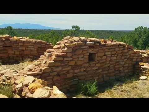 Lowry Pueblo wall to Ute Mountain