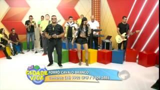 Forró Cavalo Branco canta sucessos e anima Cidade Viva