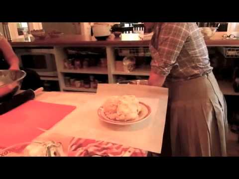 How to Make Apple Pie: Baking with Mary Beth Evans