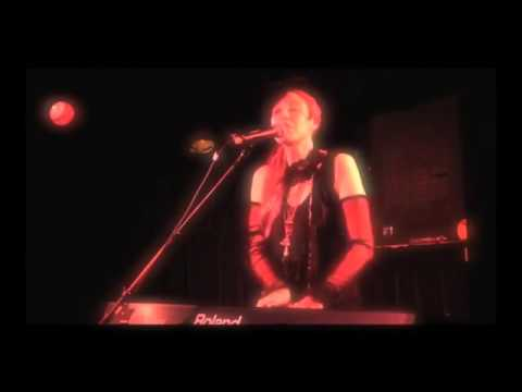 JILL TRACY - JUST THE OTHER SIDE OF PAIN LIVE