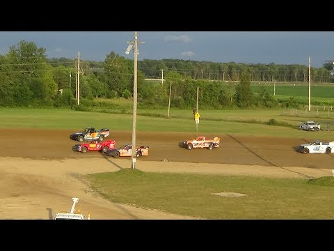 Pro Truck Heat Race #1 at Crystal Motor Speedway, Michigan on 07-22-2017.