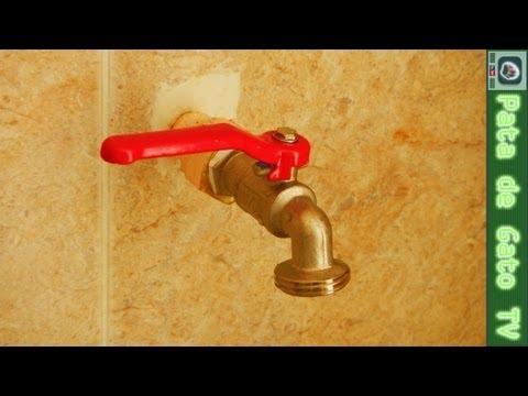 Cambiando una Llave para Agua / Changing a Water Tap