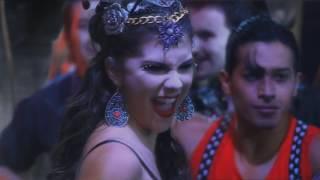Девочка-вампир - VOY A COMERTE ENTERO