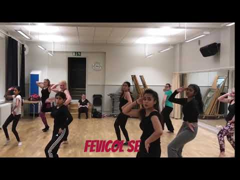 Fevicol se kareena kapoors best item song dance