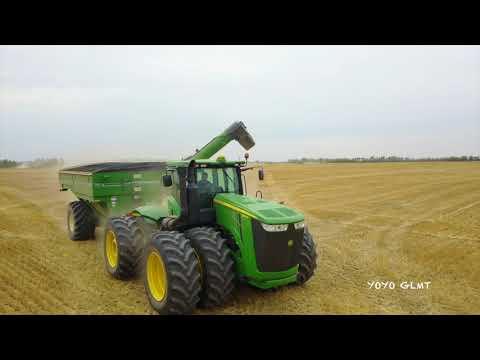 HARVEST TIME .  Alberta, CANADA. 7 combine harvester FULL JOHN DEERE!!!! maybe