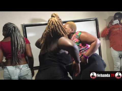 Heavy Simbi: Ladies perform with Deboi & Sparxx - Energy in the UK thumbnail