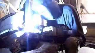 Видео 1 «Сварка» СО2(смотреть онлайн ролик «Сварка», 2015-03-23T12:53:46.000Z)