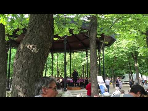 リュクサンブール公園で生演奏2