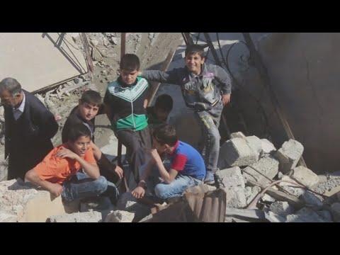 أفراح العراقيين على أنقاض ما خلفه داعش من دمار  - نشر قبل 3 ساعة