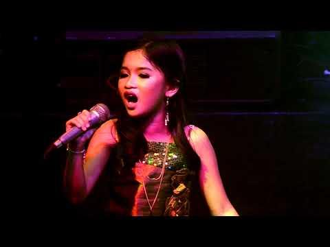 I HAVE NOTHING - Whitney Houston performed by FRANCES MANGASER.