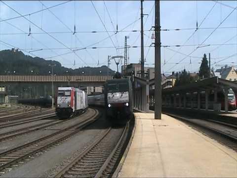 Makrokonzert in Kufstein - ES 64 F4 032 Bosphorous Express verlässt Kufstein mit dem EC 85