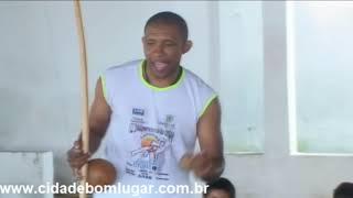 Mais Educação - Aula de Capoeira - Iniciante