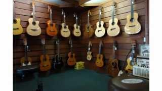 Mantovas Music store (Zamora) by Angel Fargas