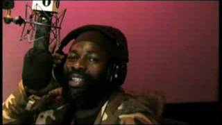 Chris Goldfinger - Capleton freestyle Radio 1