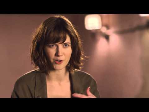 10 Cloverfield Lane: Mary Elizabeth Winstead Behind the Scenes Movie Interview