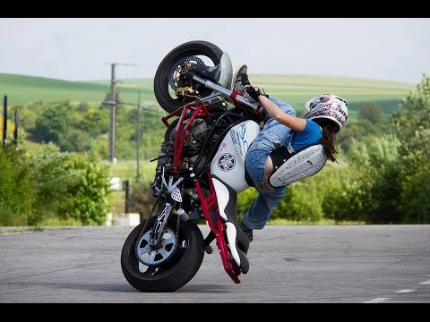 Kawasaki 636 ZXR Street Bike = Stunt Riding Motorcycle@ - YouTube