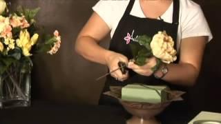 كيفية جعل الزهور باستخدام الزهور الاصطناعية