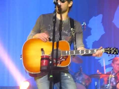 ERIC CHURCH GUYS LIKE ME LIVE CONCERT BINGHAMTON