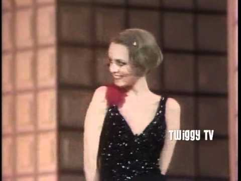 TWIGGY and TOMMY TUNE - S'WONDERFUL (1983) live