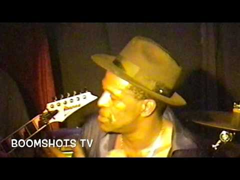 Gregory Isaacs speaks on Dennis Brown, sings live in NYC