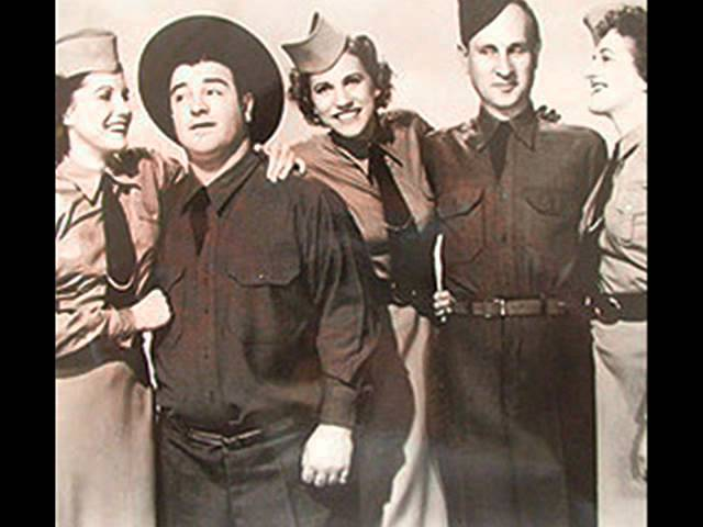 the-andrews-sisters-beer-barrel-polka-roll-out-the-barrel-1939-mars1936